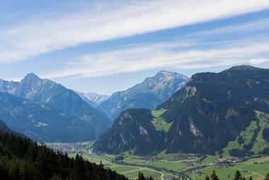 Rakouské údolí Zillertal v létě